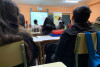 estudiantes atentos