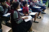 Estudiantes participando de los talleres educativos