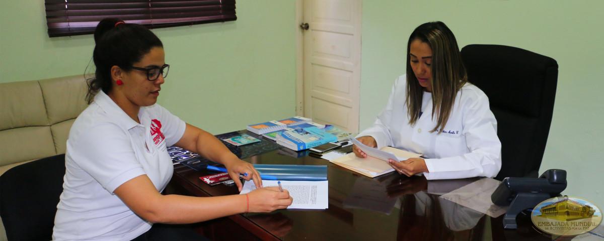 Firmando convenio