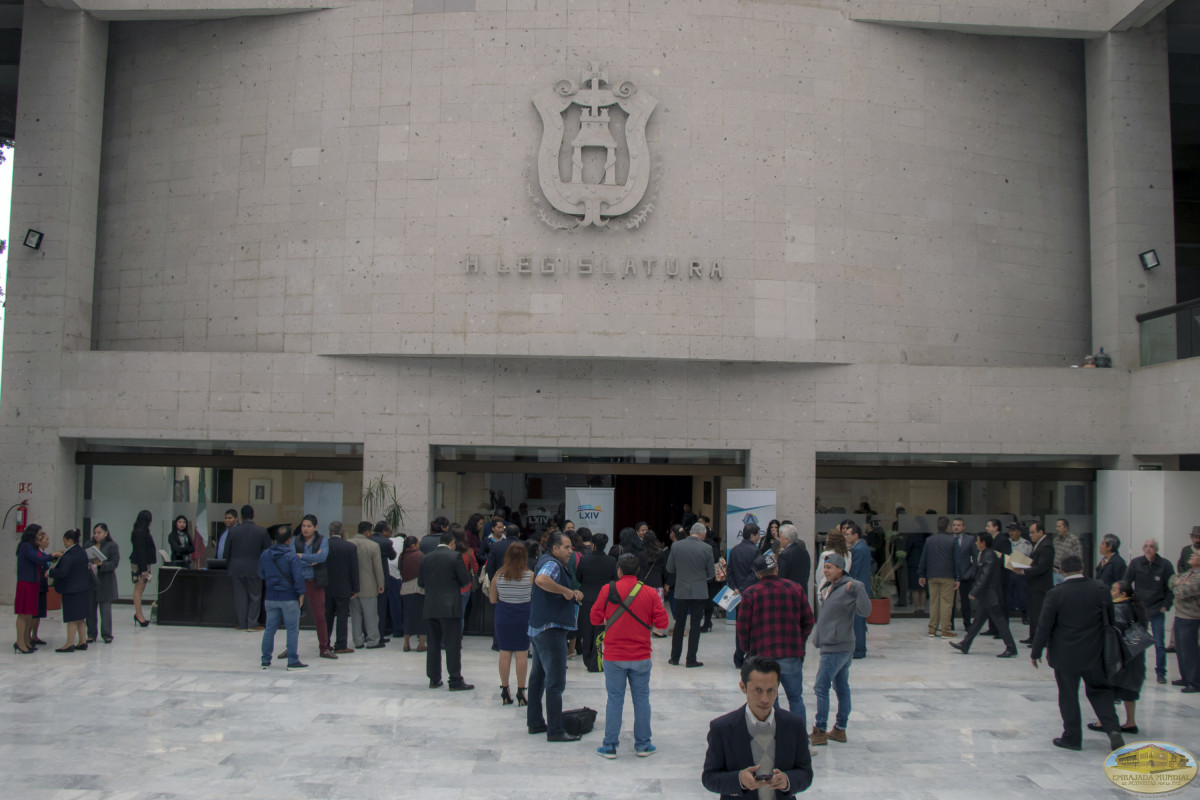 220 students unite for the construction of a culture of peace