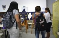 Presentadas placas de sobrevivientes del Holocausto en la Biblioteca Leopoldo Herrera
