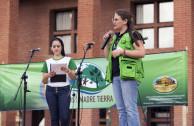 Representación de Secretaría de Medio Ambiente en Plaza del Estudiante
