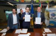 Firma de convenio por una cultura de emprendimiento para la paz social