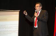 Disertante Dr Ciro Anez