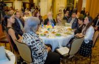 Cena en San Antonio, Texas - Presentación de la CUMIPAZ 2017