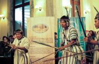Originarios presentan sus actos culturales.