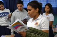Instituto América recibe taller de Educar para Recordar