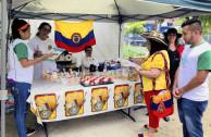 Colombianos participan.