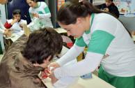 Voluntarios y alumnos