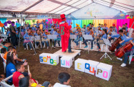 The orchestra working as a team and with the help of the children find the secret message.