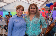Gabriela Lara General Director of the GEAP accompanied by Norma Aydee López Coordinator of the pre-primary of integrated schools affected by the volcano of fire.