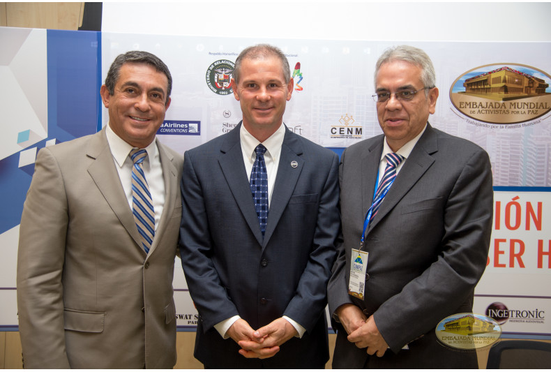 Ángel Sánchez, David Vollmer and Arturo Solis
