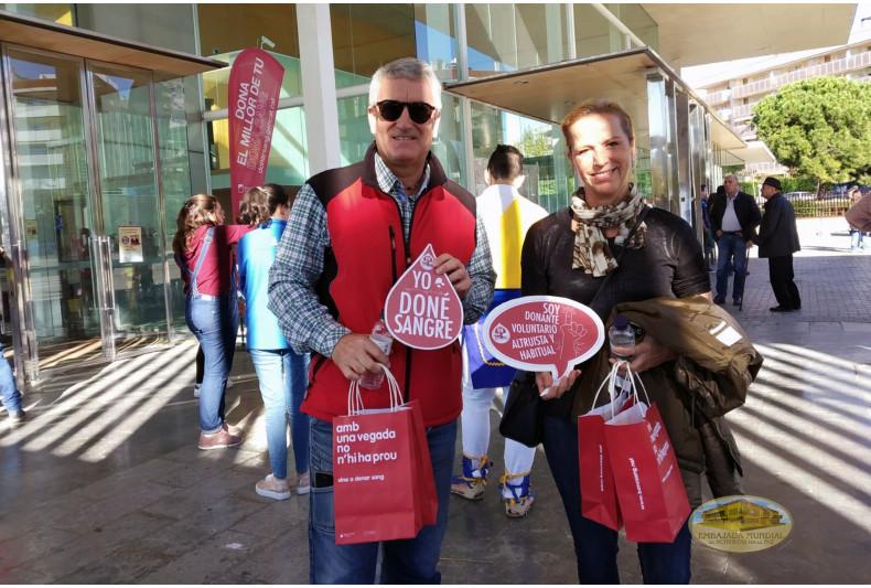Donantes durante  la jornada en la ciudad de Salou