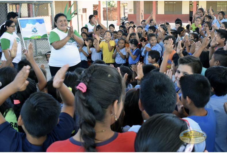 Estudiantes de educación inicial y primaria participan activamente de los talleres
