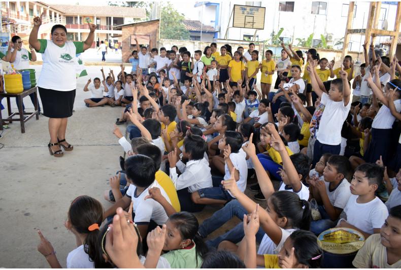 """305 estudiantes dicen """"si""""al cuidado de la Madre Tierra"""