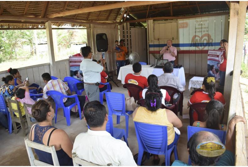 """Iglesia """"Una Obra de Fé"""" recibe charla del PEC-VIDA"""