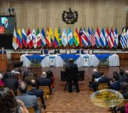 Sesión Justicia y Democracia