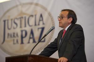 Dr.Luis Ernesto