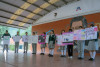 Alumnos de secundaria presentan sus carteles