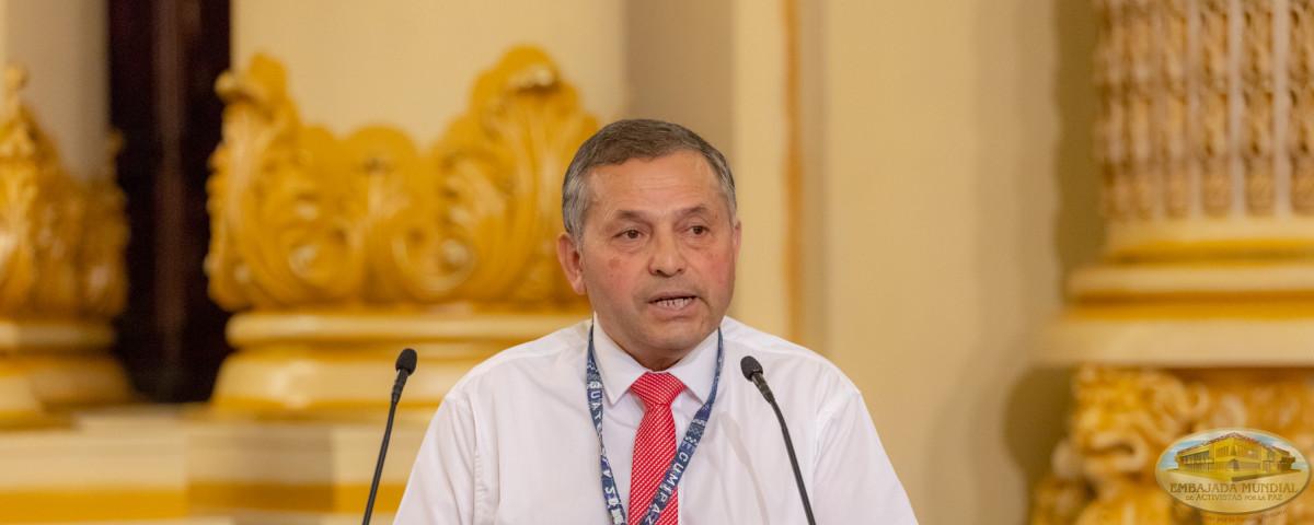 Alcalde Roberto Recabal C.
