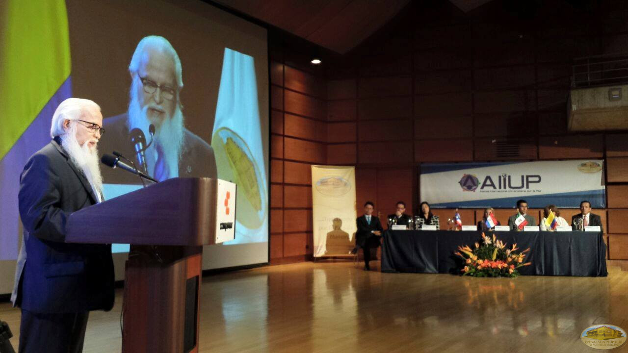 """Dr. William Soto 