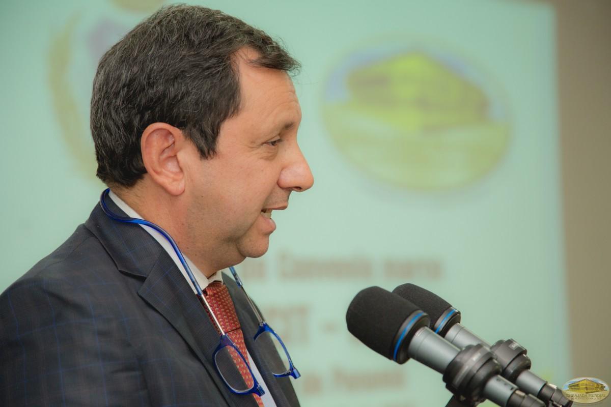 José Alberto Nieto Rojas | Firma de convenio entre UMECIT y EMAP