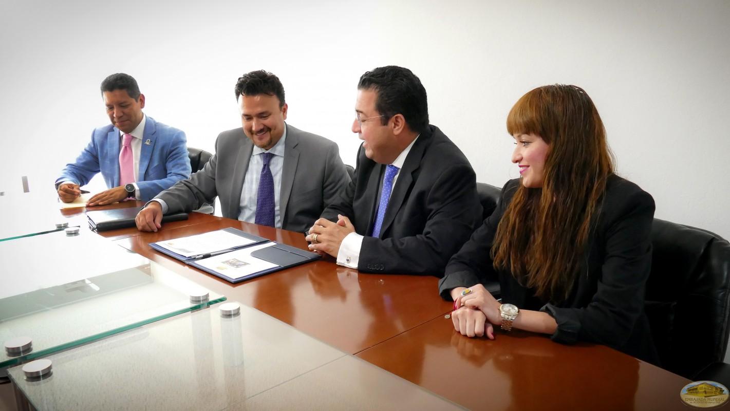 Institución académica en México se compromete por una educación de paz