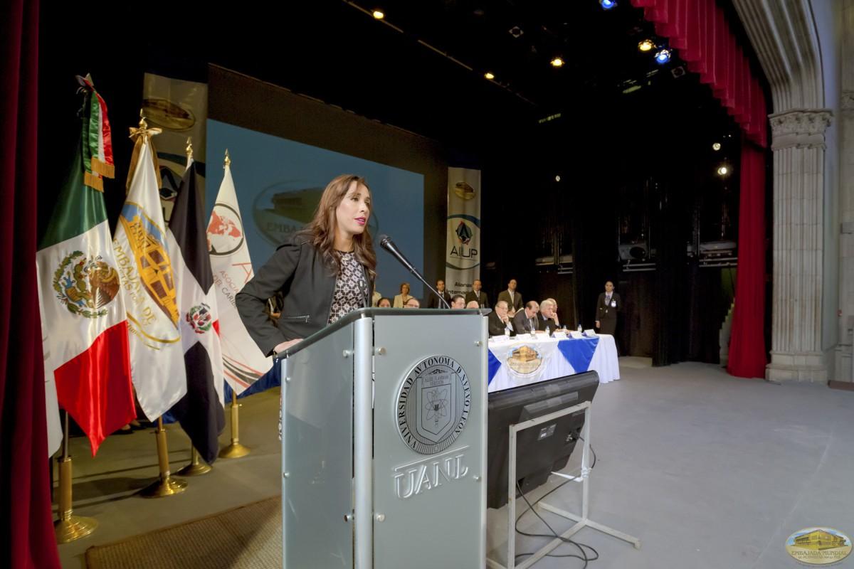 Ana Cristina Rodríguez | Firmas de Convenios ALIUP y Universidades en México