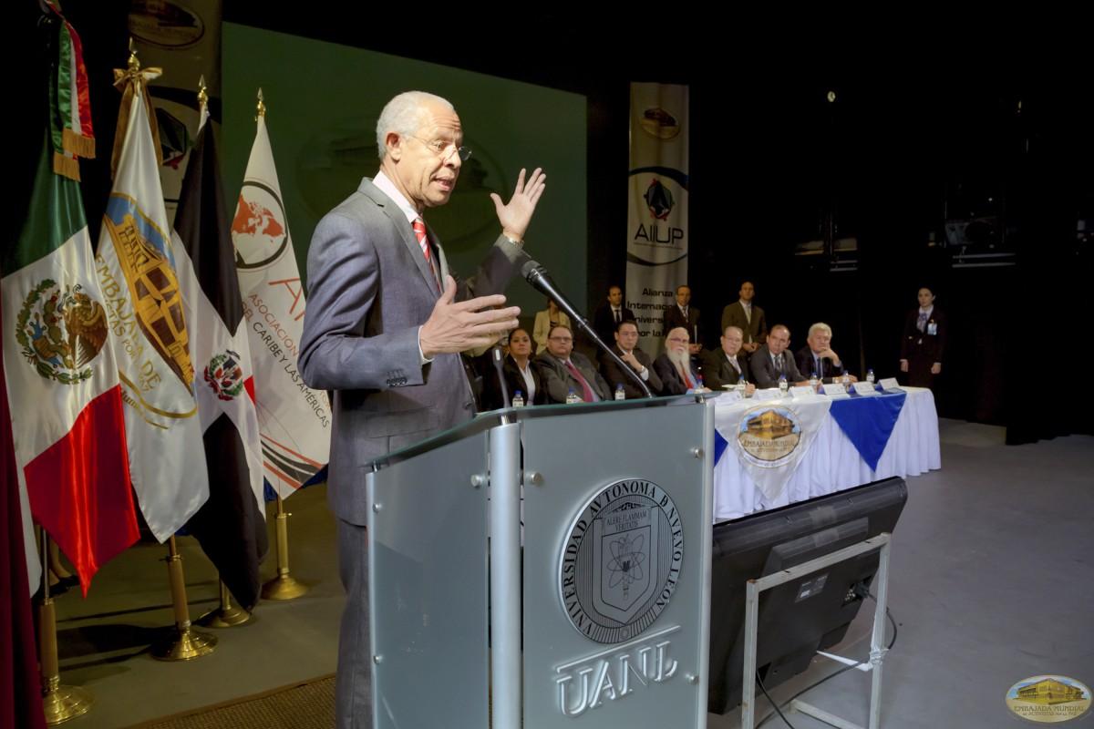 José Ramón Holguín | Firmas de Convenios ALIUP y Universidades en México