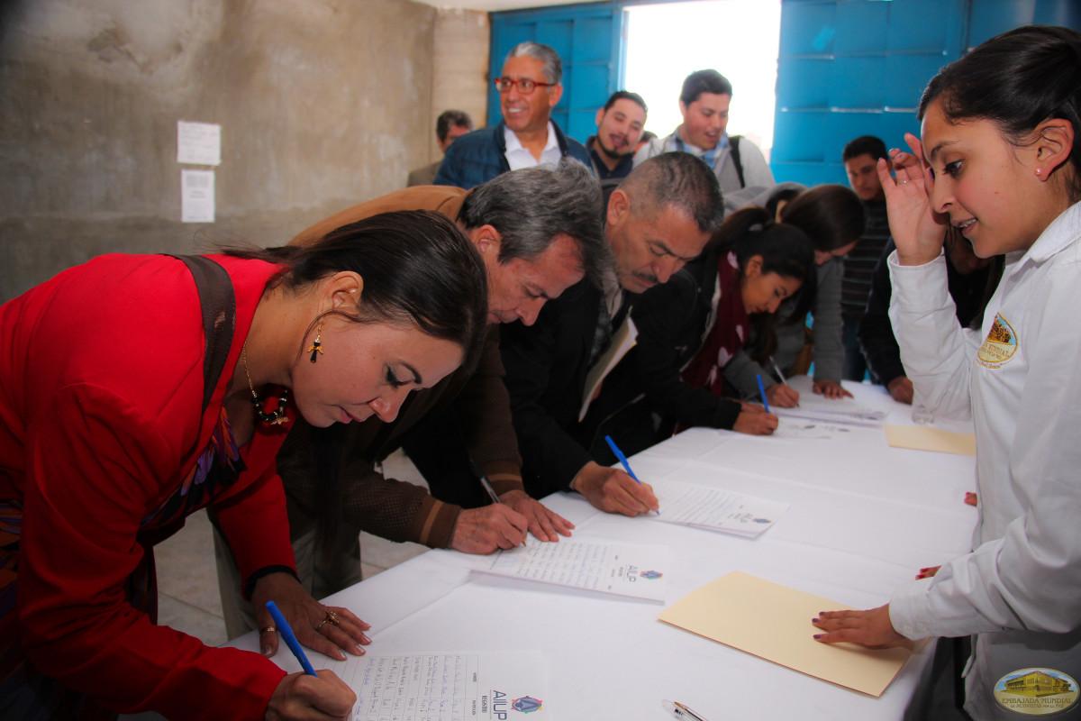 Firma de convenio por una cultura de paz en la sociedad