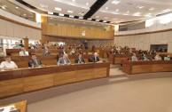 """Apertura de Foros Universitarios """"Educando para No Olvidar - El Holocausto, paradigma del genocidio"""" en el Congreso de Paraguay"""