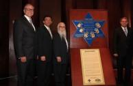 De izq a der. - Piotr Kaszuba Emb. de Polonia, Dr. Miguel Truzman 2do Vicepresidente de la CAIV, Dr. William Soto Emb. Mundial