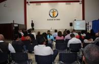 """Alcaldía Municipal de David en Panamá recibe """"Huellas para no olvidar"""""""