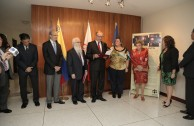 German Embassy in Venezuela receives the Traces to Remember plaque