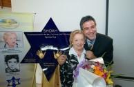 Se devela Placa a sobreviviente del Holocausto y de la dictadura militar argentina en sede de la ex ESMA