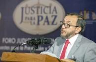 """Presidente de la Corte Constitucional Colombiana en su conferencia: """"El delito en la jurisprudencia colombiana:avances y desafios"""""""