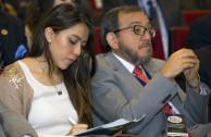 Dr. Luis Ernesto Vargas Silva y su hija Jessica Vargas (Colombia)