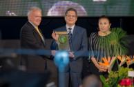 La primera edición del Premio Mundial de Ciudadanía verde, galardona proyectos que favorecen el Medio Ambiente y la Paz.