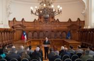 El Dr Sergio Muñoz Gajardo, pdte de la Corte Suprema de Chile recibió una comisión de autoridades judiciales, políticas,  parlamentarias, y académicas quienes asisten a la  Cumipaz.