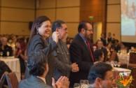 Velada internacional para celebrar la integración de naciones por la paz