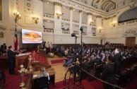 El presidente de la Corte Suprema de Justicia de Chile, Dr. Sergio Muñoz Gajardo y el Dr. William Soto Santiago, Embajador Mundial de la EMAP dieron apertura a la Cumbre de Integración por la Paz en Santiago de Chile que se realizará del 3 al 7 de noviembre de 2015.