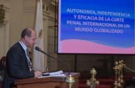 """El Dr. Pedro Alonso Sanabria,  Magistrado del Consejo Superior de la Judicatura, en Colombia, disertó acerca de """"La independencia, autonomía y eficacia de la CPI en un mundo globalizado"""" en la tercera mesa de la sesión judicial de la CUMIPAZ."""
