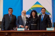 Dr. Francisco Rozas Escalante, President of the Second Criminal Court of Prisoners of Peru; Dr.Yassmin Barrios, Judge of the High Risk Court of Guatemala; Dr. William Soto, Global Ambassador of  Peace and Dr. Camilo Montoya Reyes, Prosecutor before the High Court of Colombia were responsible for developing the first table CUMIPAZ 2015 as part of the Judicial Session.