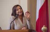 Iris Y. Martinez, Senadora por el Estado de Illinois, de Estados Unidos.