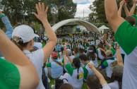 "Marathon for the peace of Mother Earth at the ""Parque de los Novios"" - Colombia"