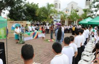 Around 1,600 Salvadoran students and teachers showed their interest in the future of Mother Earth