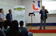 Estudiantes panameños reciben educación sobre el Holocausto para detectar señales de alarma en el presente