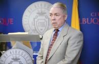Embajador mundial de la paz recibe proclamación en Norteamérica