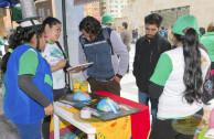 Estudiantes recibiendo educación ambiental