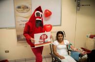 Estudiantes de medicina se unen a jornadas de donación de sangre